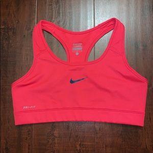 NWOT Nike Pro Dri-Fit Medium Support Sports Bra